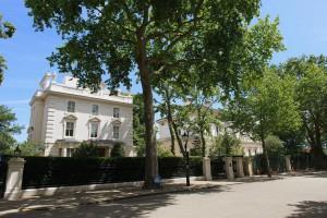 Kensington Palace Gardens, Roman Abramovich