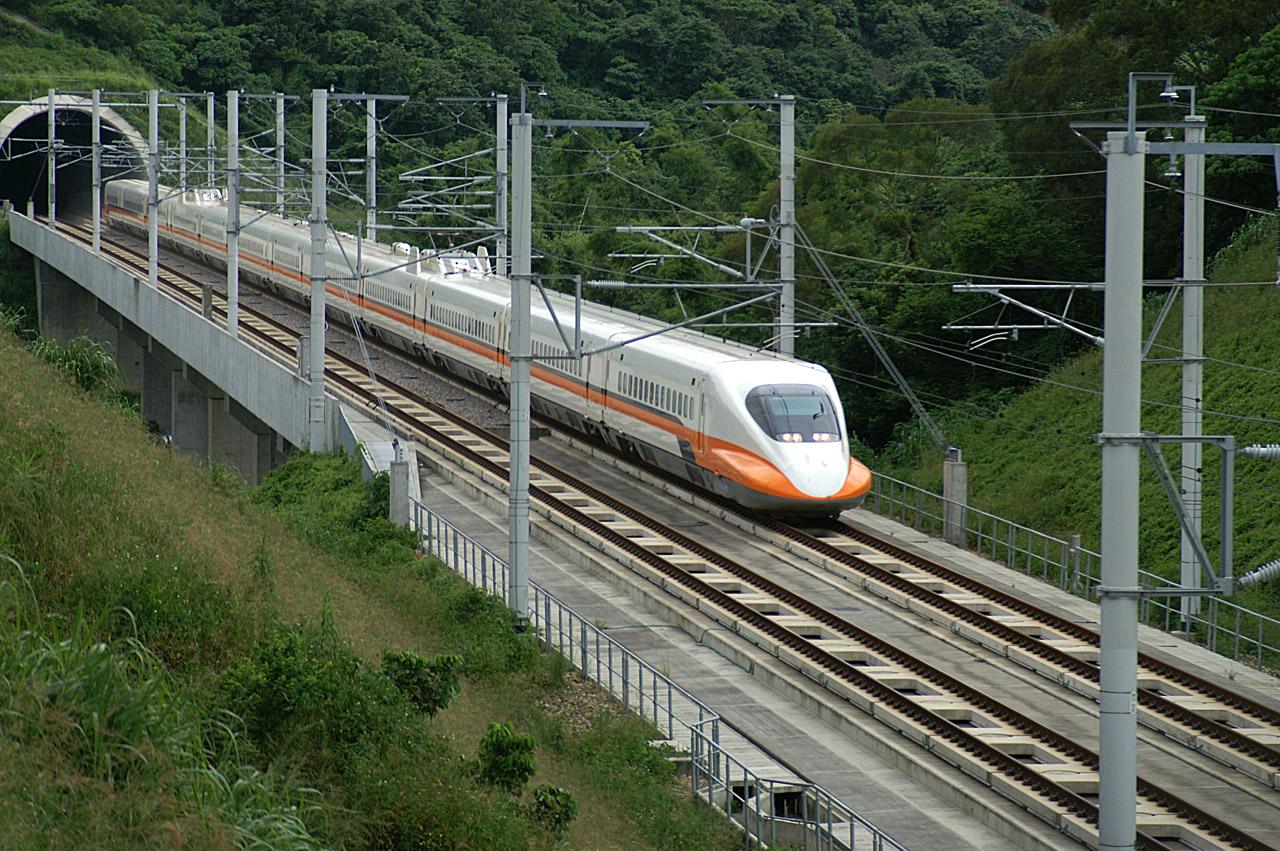 Taiwan-HighSpeedRail-700T-testrun-2006-0624