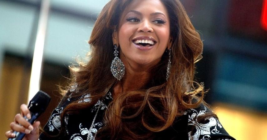 Beyonce_kartu kredit - CekAja.com