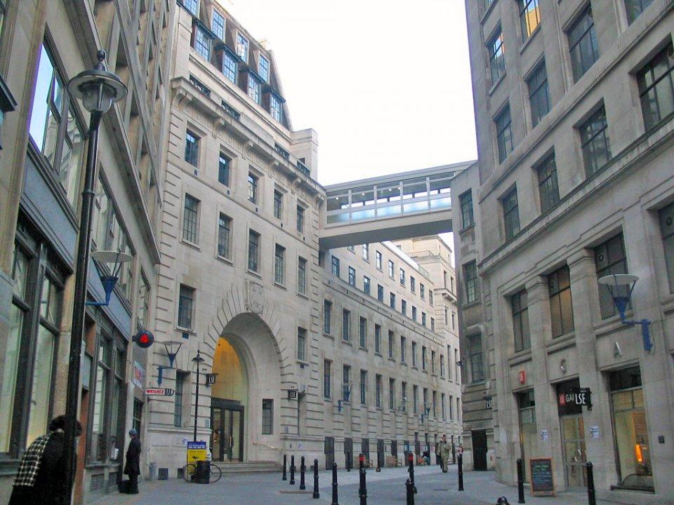 24-london-school-of-economics-uk--148