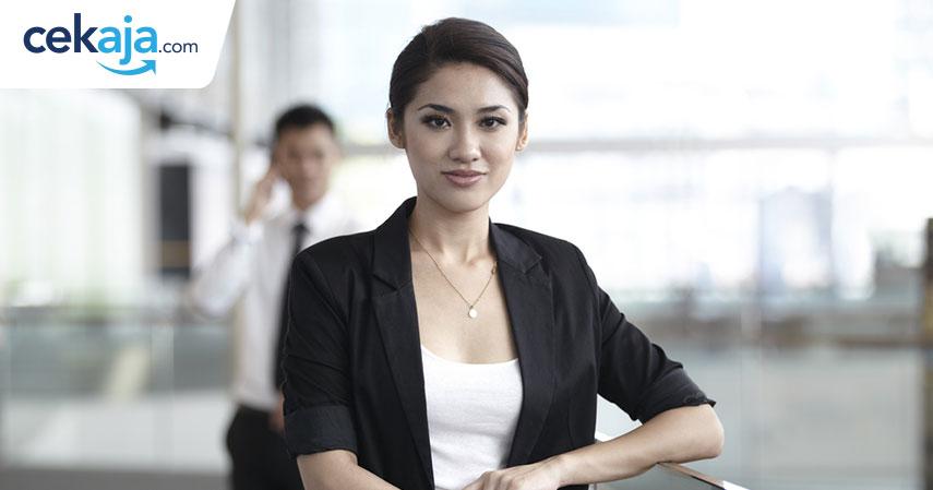 wanita sukses_kredit kendaraan - CekAja.com