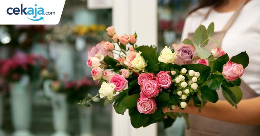 bunga valentine_kartu kredit - CekAja.com
