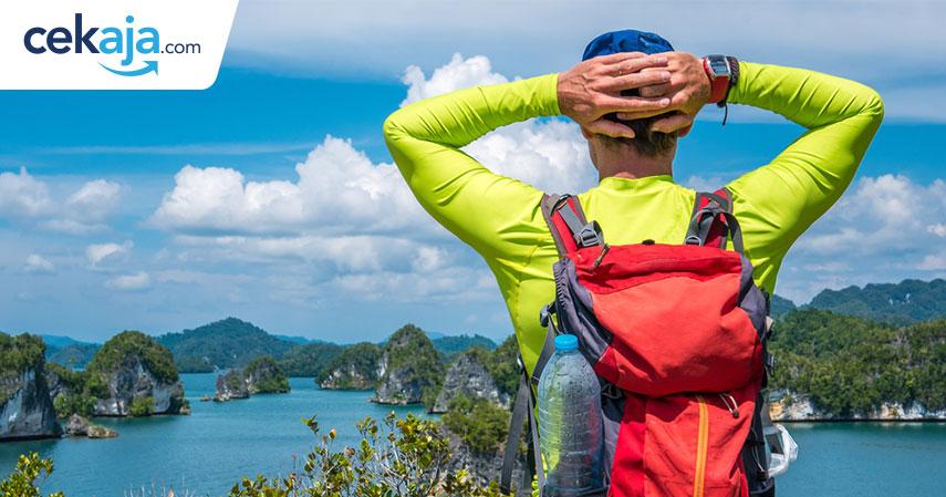 backpacker raja ampat_asuransi perjalanan - CekAja.com