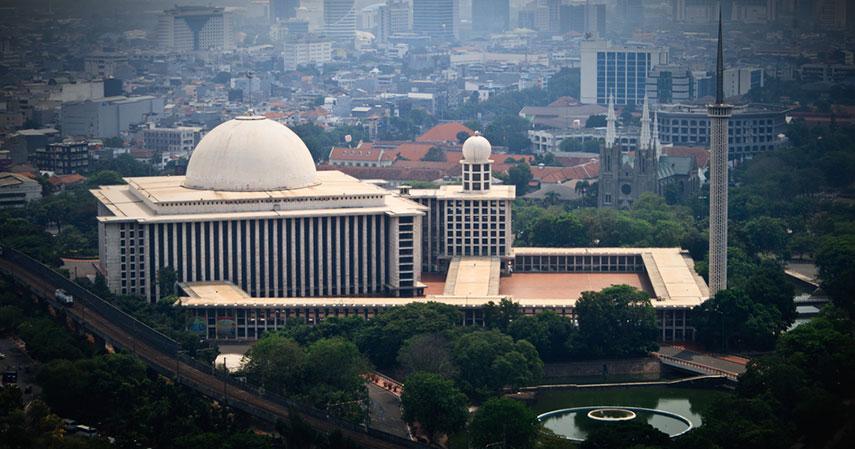 masjid bersejarah Jakarta_asuransi perjalanan -CekAja.com